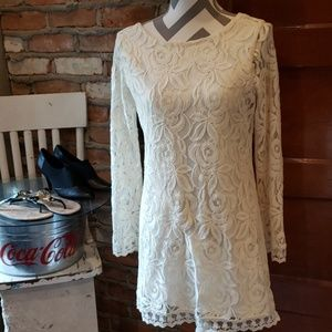 Love Fire Lace Lined Dress Size Small